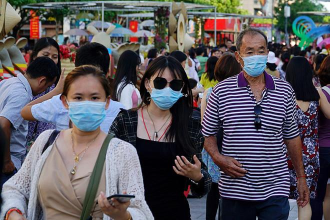 viêm phổi Vũ Hán, viêm phổi Trung Quốc, vi rút corona, khẩu trang N95, viêm phổi lạ, Vũ Hán, Móng Cái, du khách Trung Quốc
